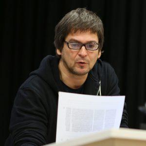 Spiegel journalist j rg b ckem liest am h ffertgymnasium for Journalist spiegel